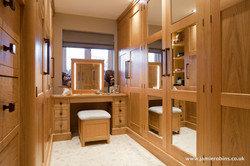 Natural Oak Dressing Room