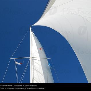 114905-summer-wind-sailing-blue-sky-aqua