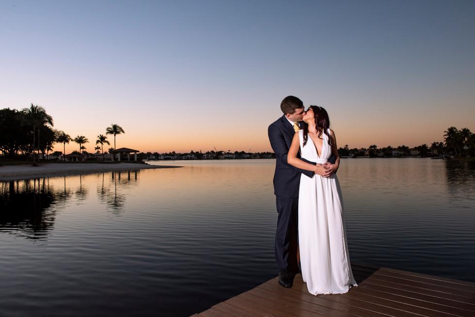 A María y a Andrés los acompaño este fantástico y romántico atardecer en Miami