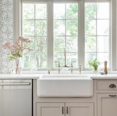 6ox kitchen sink.jpg