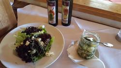 Greiter Salat mit Schafkäse