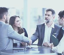 poslugy-advokata-dlia-korporatyvnykh-kliientiv