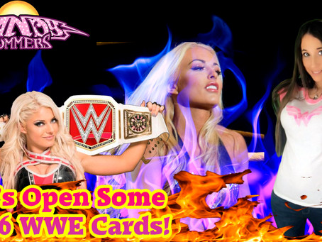 LIVE! PO BOX OPENING AND WE'RE BUSTING THROUGH A BOX OF WWE DIVAS DIVISION!