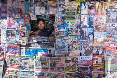 Newsstand agent