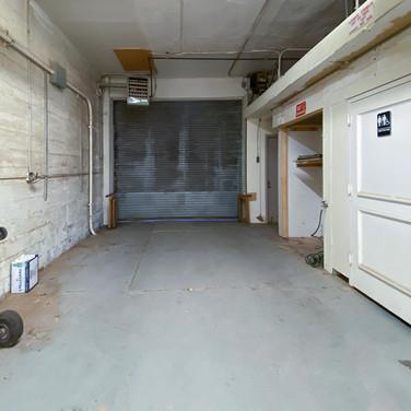 front-restroom area-behind gate_e.jpg