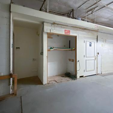 front-restroom area-behind gate_b.jpg