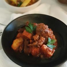 Beef Stew ( Stifado )