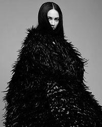 cape fashion feathers maë paris