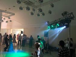 Світлове забезпечення гурту на весіллі