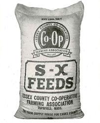S-X FEEDS BAG