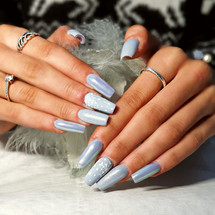 Winter Nail Extensions