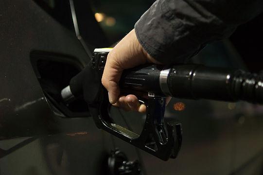 petrol-996617_960_720.jpg
