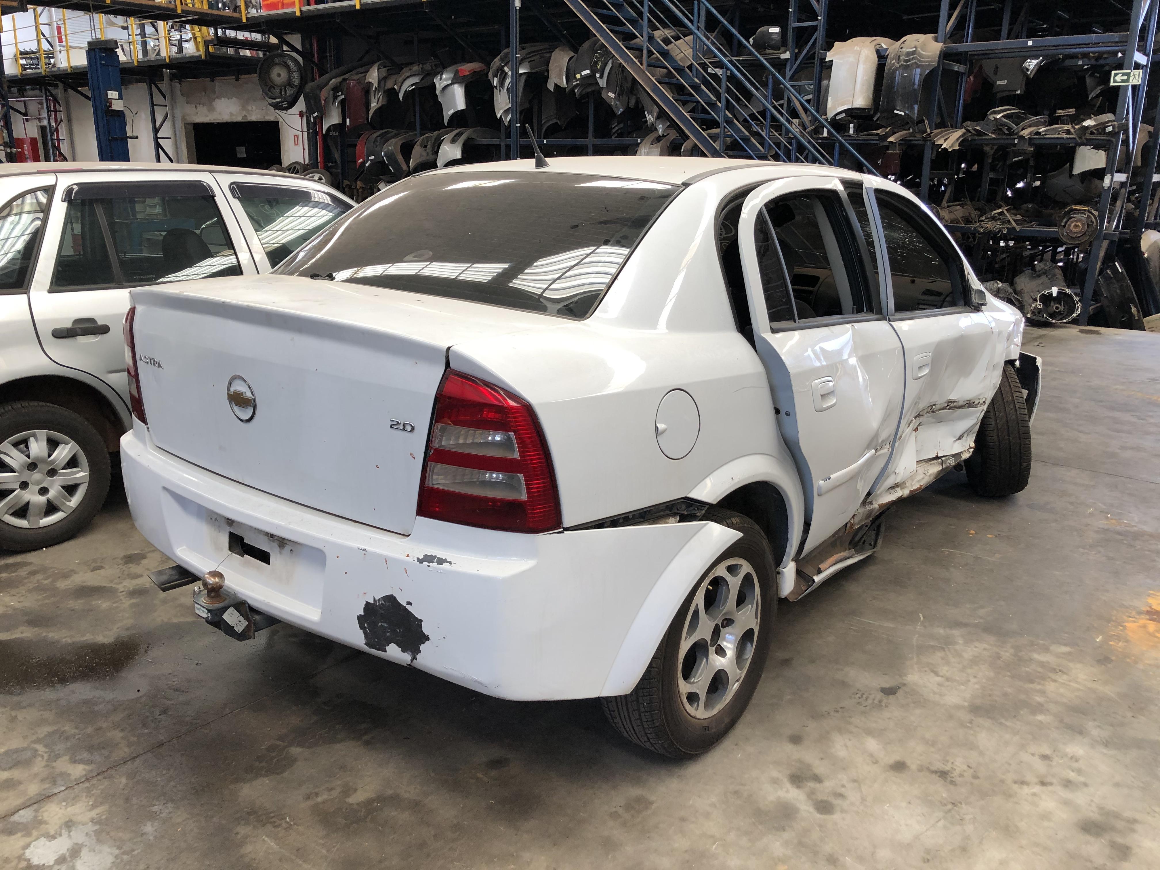 Astra sedan adv 10-11 - 2