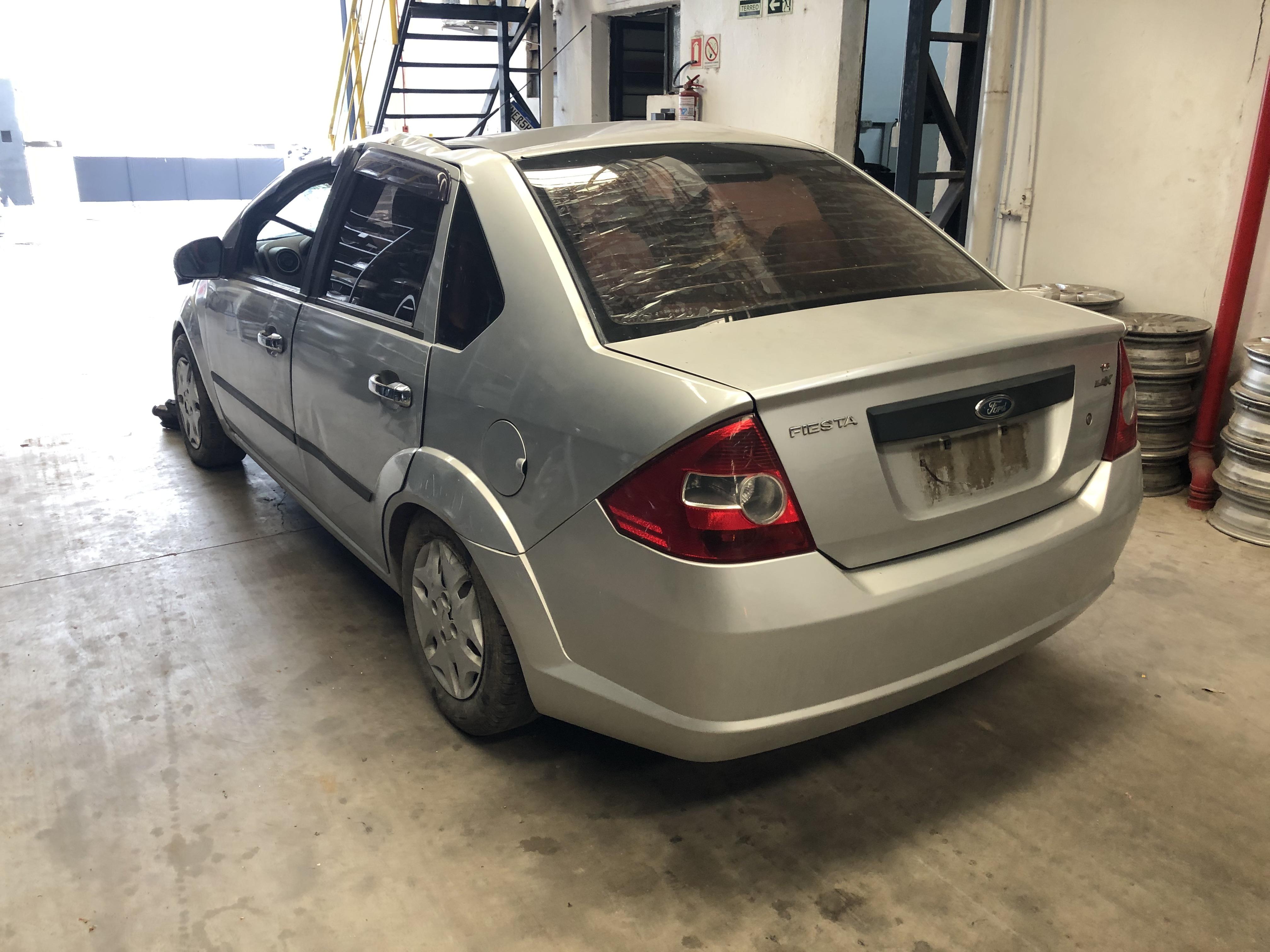 Fiesta Sedan 1.6 05-05 - 2