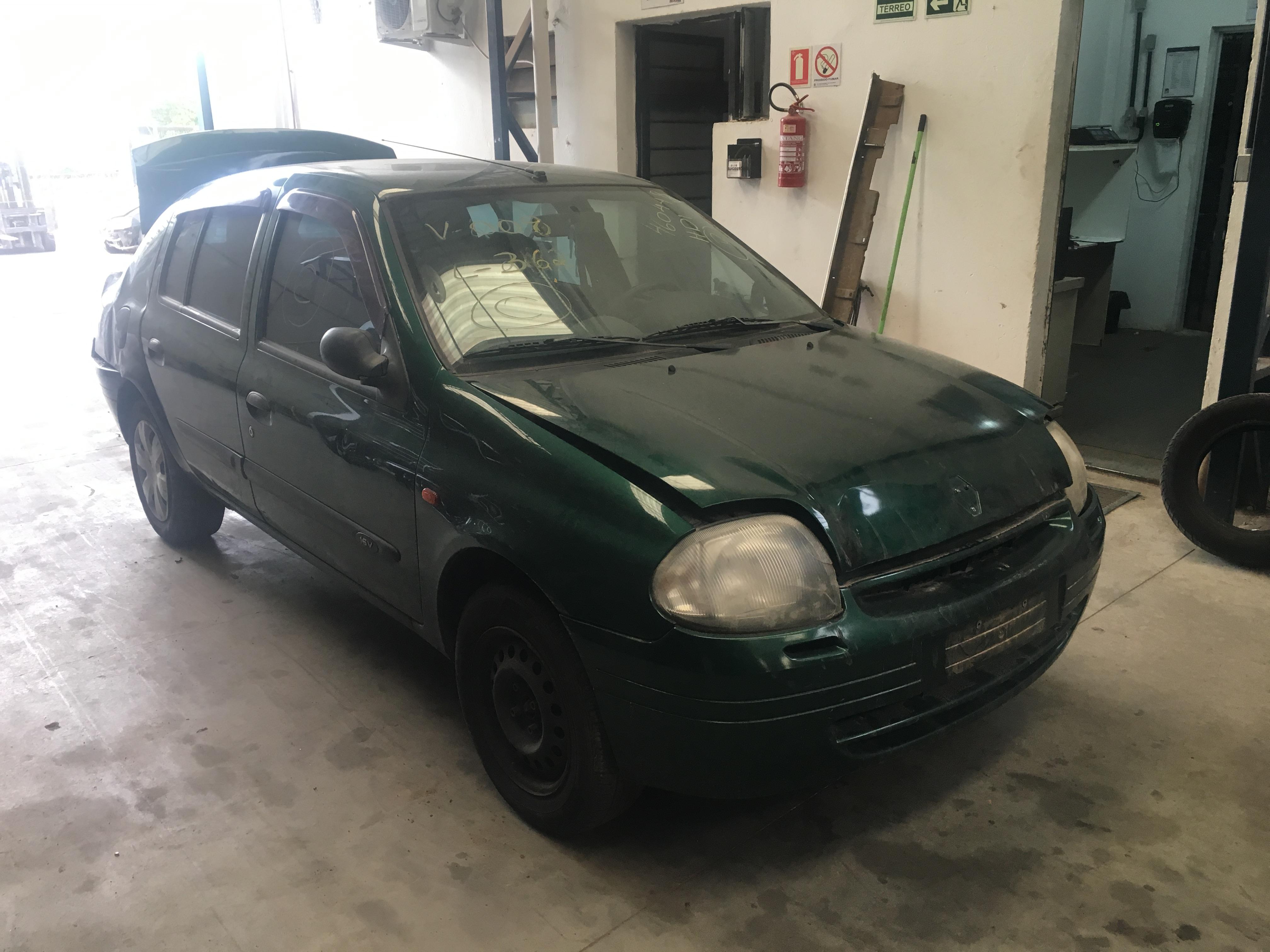 Clio Sedan 2