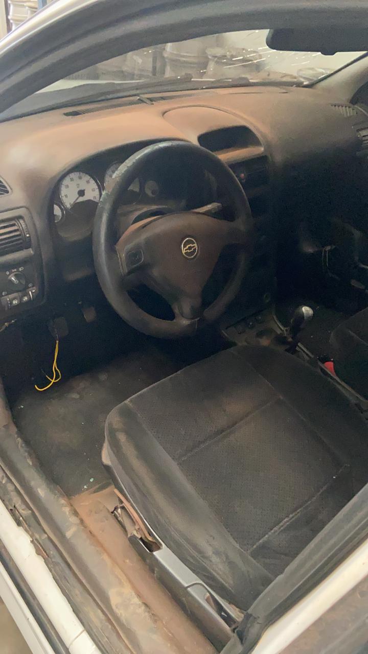 Astra sedan adv 10-11 - 3