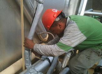 flexible-hose-pipe-insulation-installati