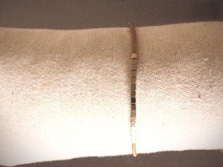 Armbandje fijn goudkleurig