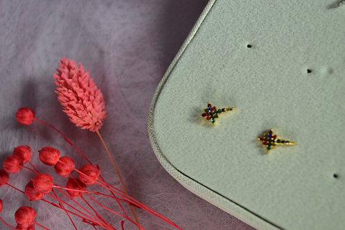 oorbellen gekleurde steentjes