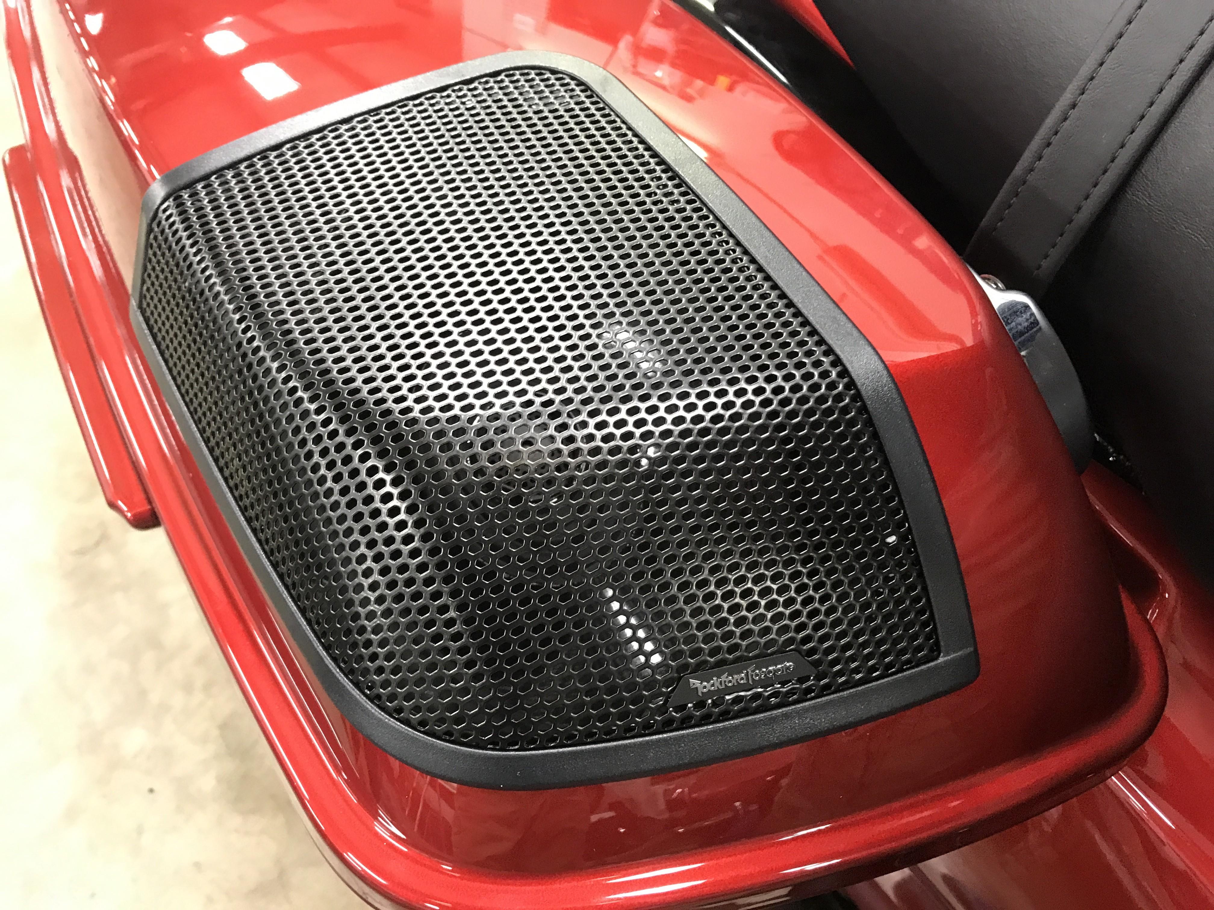 Rockford Fosgate Rear Speaker Kit Close