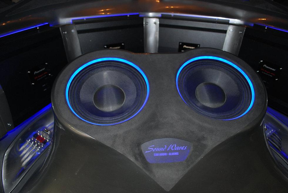 sound waves car audio alarm auto upholstery tint memphis. Black Bedroom Furniture Sets. Home Design Ideas