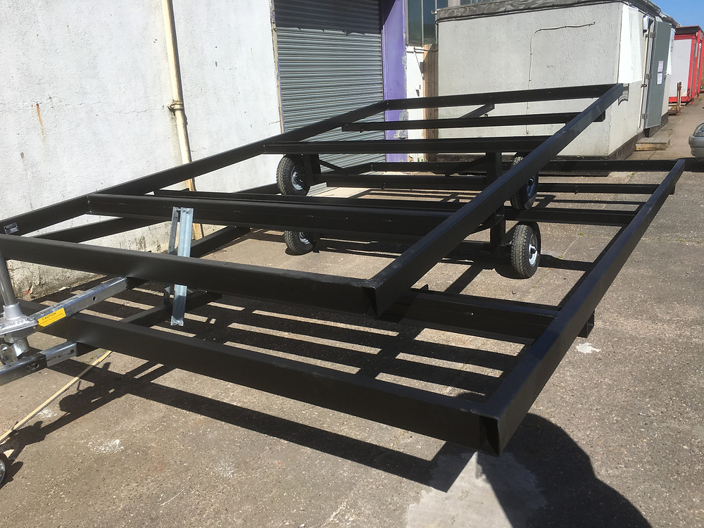 Pod chassis