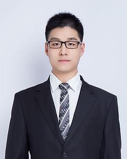 Min Meng photo--corp version.jpg