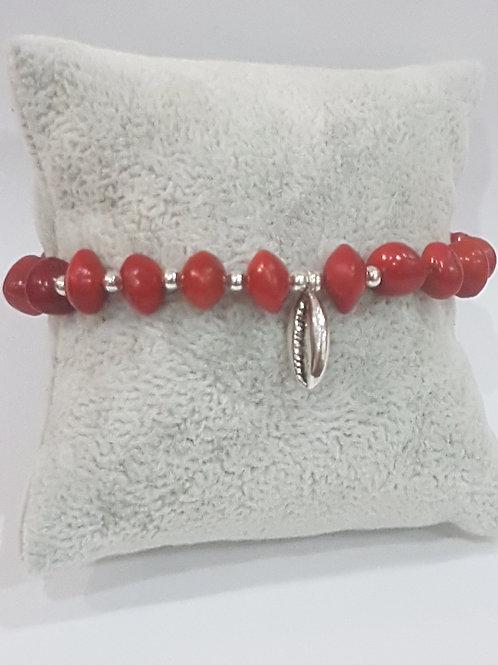 Bracelet graines d'eglise avec charme Coquillage