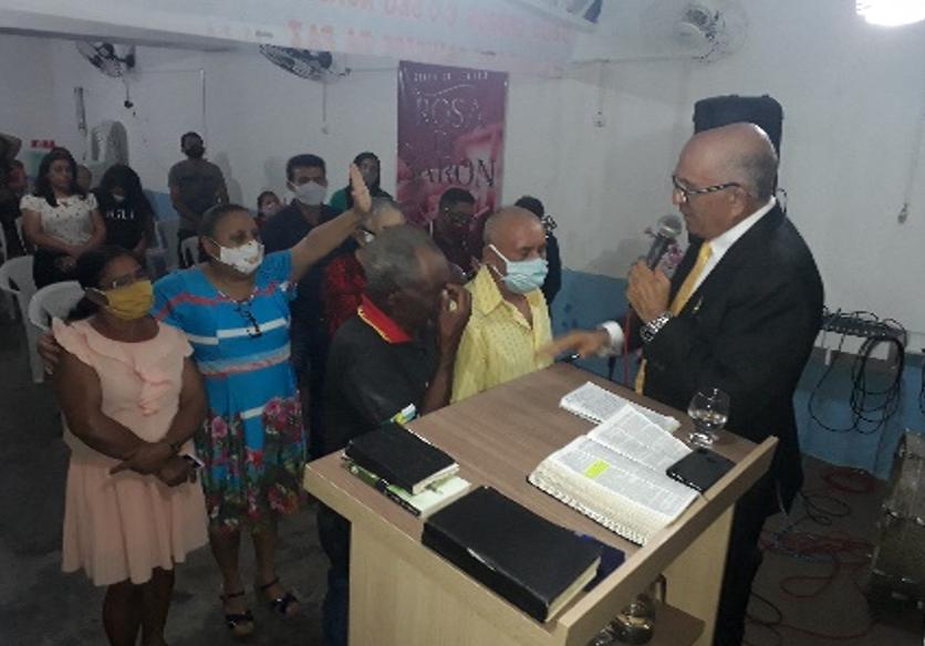 Culto com pregação do  pr