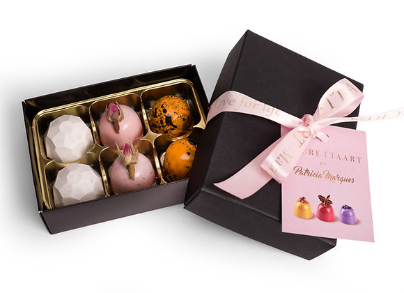 Luxury chocolate pralines