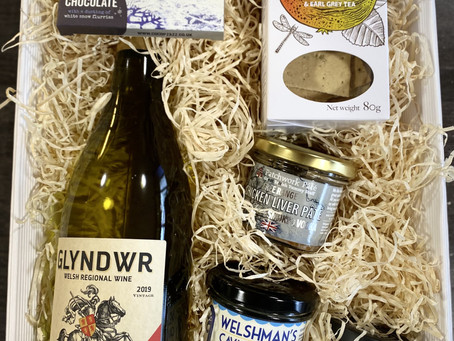 Hampers you can buy today and Gift at Christmas