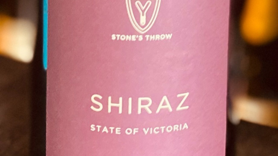 Stone's Throw Shiraz Red Wine