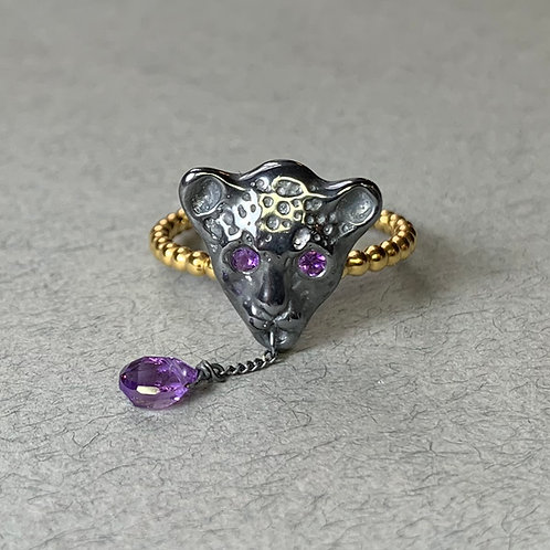 Black and Gold Bloody Black Leopard Ring with amethystes