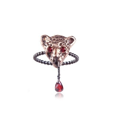 Bloody Pink Leopard ring