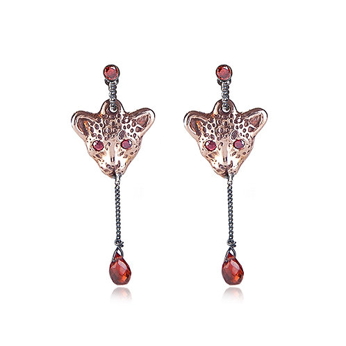Bloody Pink Leopard short earrings