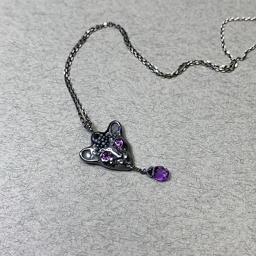 Black Bloody Leopard pendant with amethysts