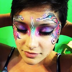 #beautifuleyes #makeup #eyemakeup #facepainting #bodyart #freehand #nostencils #glitter #colorful #r