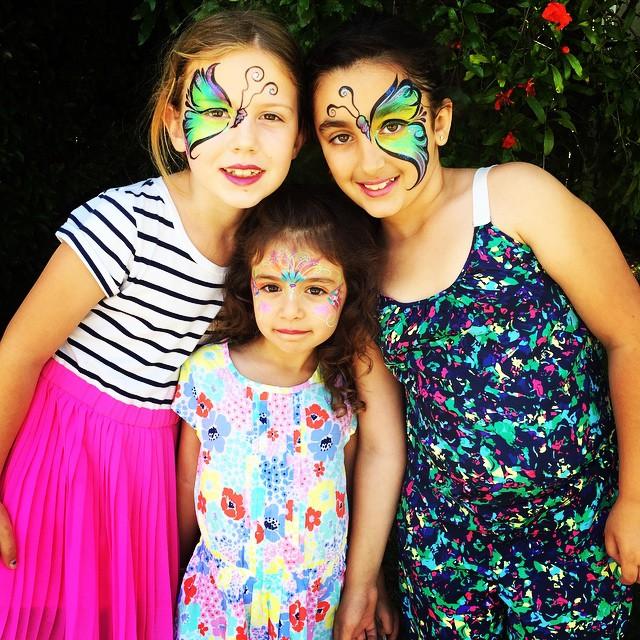 #butterflies #facepainting #kidsparty #sisters #bestfriends #birthdayparty #kidsfacepainting #colorf