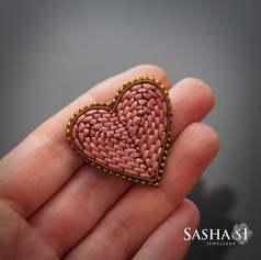 Dusty Pink Heart Brooch