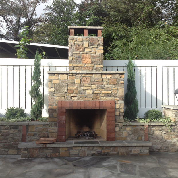 Outdoor_Fireplace_Knoxville_001.JPG