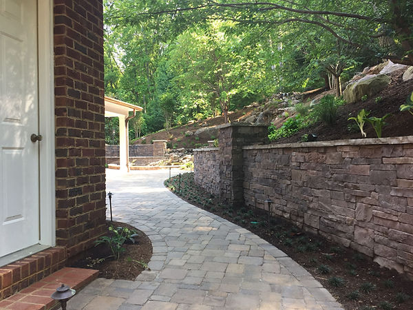 Retaining Walls Knoxville TN, retaining walls knoxville, retaining wall contractors knoxville tn, retaining wall design knoxville, retaining wall builder knoxville, retaining wall installers knoxville tn, knoxville retaining walls, knoville retaining wall contractors, stone retaining wall, stacked stone retaning wall, masonry retaining walls