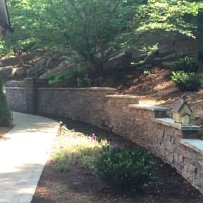 Horizon Stone - Masonry Retaining Wall