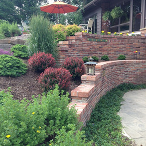 Brick - Masonry Retaining Wall