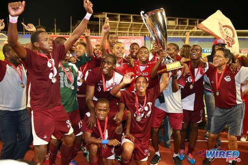 mucurapo-intercol-trophy 2014.jpg