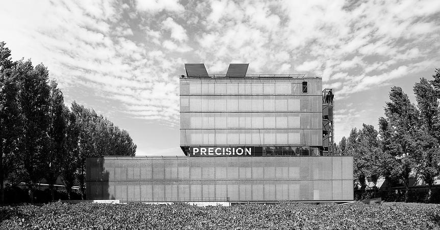 EDIFICIO-PRECISION-FOTO-PABLO-CASALS-min