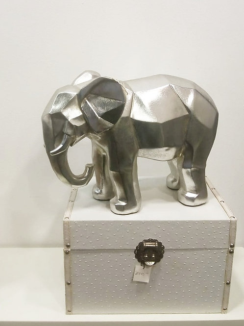 Elefante Plateado