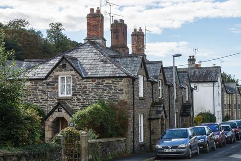 7. Bedford Cottages.