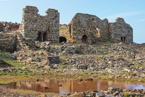42. Levant Mine