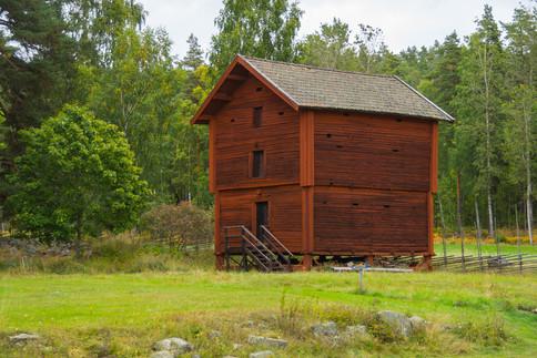 17. Two-storey barn/granary.
