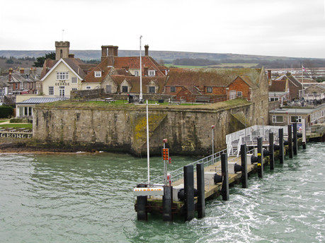 29. Yarmouth Castle and Ferry Pontoon.